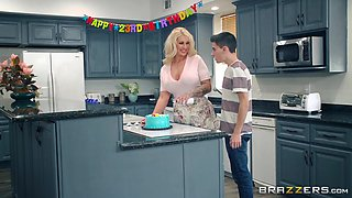 video titel: Sharing the perfect housewife Ryan Conner with many happy friends || porn tgas: friend,housewife,perfect,sharing,anyporn