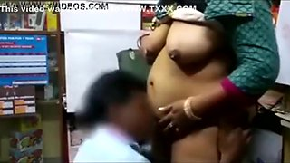 video titel: Indian aunty fucked in shop || porn tgas: aunty,fuck,indian,shop,txxx