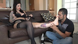 video titel: Giantess Lynn dreams come true || porn tgas: brunette,dreams,fetish,foot,videotxxx