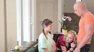video titel: Babes Step Mom Lessons Leny Ewil, Gina Ge || porn tgas: babe,high definition,lesbian,lingerie,iceporn