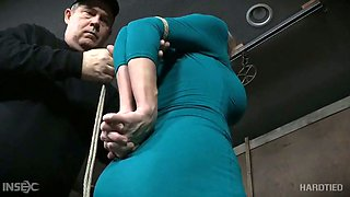 video titel: Busty Texas slut Dee Williams gets breast bondage and hardcore masturbation || porn tgas: bdsm,big tits,bondage,breasts,xcafe
