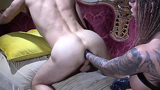 video titel: Dominant big bottomed Karma RX treats submissive dude with anal fisting || porn tgas: anal,dude,fisting,submissive,xcafe