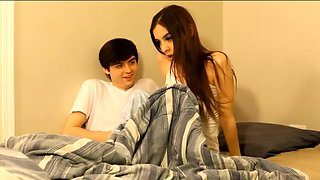 video titel: A young girl with a guy right in the bedroom, filming home porn. || porn tgas: bed,gay,home video,young,hotmovs