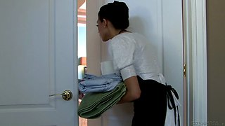 video titel: Nasty maid in uniform pleases her boss with awesome Hardcore sex    porn tgas: awesome,boss,hardcore,maid,bravotube