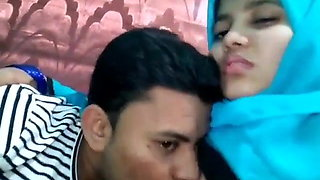video titel: Muslim Girl With Bf || porn tgas: asian,girl,homemade,kissing,xhamster