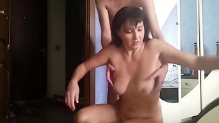 video titel: 18yo son convinced his drunk mature mother to suck his dick || porn tgas: 18 years old,amateur,big cock,big tits,videotxxx