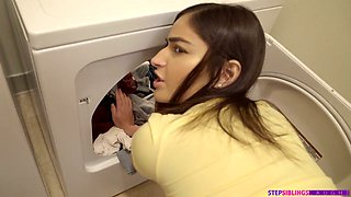video titel: Horny stepbrother fucks sexy stepsister Emily Willis in the laundry and during hot workout || porn tgas: fitness,fuck,horny,sexy,anysex