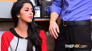 video titel: OFFICER deep throated by SEX professional inside his OFFICE || porn tgas: babe,blowjob,brunette,high definition,iceporn