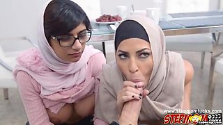 video titel: Lovely chick Mia Khalifa loves fucking || porn tgas: 3some,beautiful,big tits,chick,hotmovs