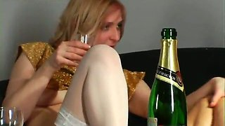video titel: Two really attractive Russian babes getting drunk and horny || porn tgas: babe,drunk,horny,lesbian,mylust