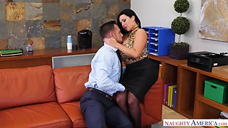 video titel: Curvy latina milf office || porn tgas: curvy,latin,office,jizzbunker