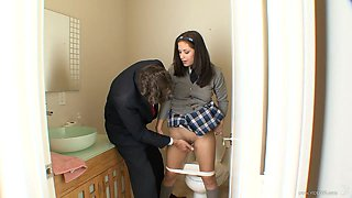 video titel: Jessica Right is fucked while wearing her school uniform || porn tgas: anal,ass,blowjob,brunette,anyporn