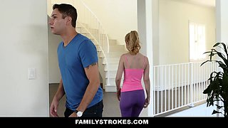 video titel: FamilyStrokes Sexy Housewife Fucks Stepson || porn tgas: blonde,doggy,fuck,hardcore,nuvid