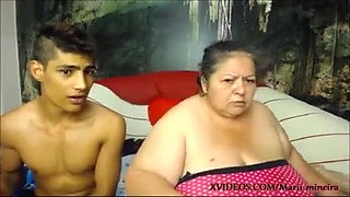 video titel: Fat old woman gets fucked by young guy    porn tgas: anal,bbw,big tits,brazilian,xhamster