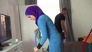 video titel: Lazy muslim maid gets hardcore double penetration || porn tgas: double,hardcore,maid,muslim,upornia