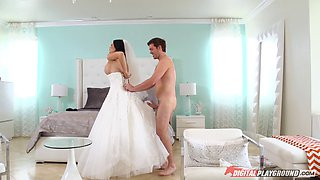 video titel: Beautiful bride in bed with a stud that pounds her pussy || porn tgas: beautiful,bed,blowjob,bride,bravotube