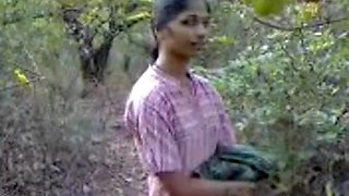 video titel: Hard Indian nipples and hairy pussy recorded in park || porn tgas: amateur,hairy,hardcore,indian,upornia