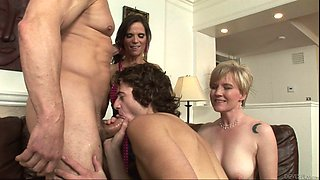 video titel: Swinger couples get freaky after a cool house party || porn tgas: bisexual,couple,freak,housewife,bravotube