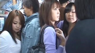 video titel: Gorgeous Asian Giving a Blowjob in a Crowded Bus || porn tgas: asian,blowjob,car,gorgeous,bravotube