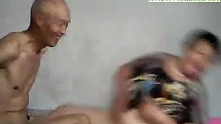 video titel: grandpa fuk || porn tgas: asian,brunette,daddy,fingering,xhamster