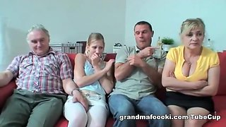 video titel: Hot amateur group sex || porn tgas: amateur,blonde,blowjob,granny,hotmovs