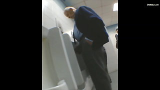 video titel: spying on mature man in public toilets || porn tgas: gay,mature,public,spy,xhamster