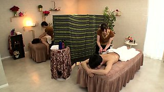 video titel: Asian milf has massage and fucking || porn tgas: amateur,asian,fuck,japanese,