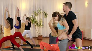video titel: Yoga babes share cock in the gym || porn tgas: babe,cock,fitness,sharing,gotporn