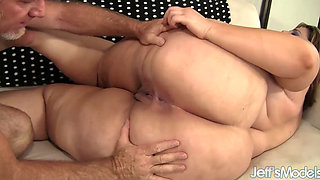 video titel: Heavy Harlot Erin Green Has Her Mouth and Pussy Fucked || porn tgas: ass,bbw,blowjob,facials,pornone_com