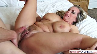 video titel: Mega busty stepmom Amber Lynn Bach is fucked by horny 19 yo stepson || porn tgas: 19 years old,ass,bbw,big ass,anysex