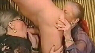 video titel: Old women eating ass and deepthroating cock || porn tgas: amateur,anal,ass,bbw,PornoSex