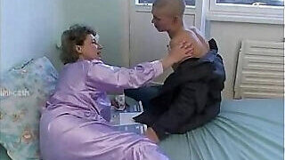video titel: Grandmothers pussy is the tastiest treat for him || porn tgas: bald pussy,blowjob,family,gay,PornoSex