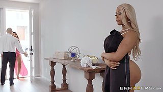 video titel: insatiable ebony beauty enjoys both women and men || porn tgas: bbw,beautiful,beauty,big tits,flyflv