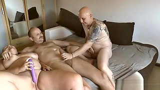 video titel: The bi man wixst || porn tgas: 3some,bbw,bisexual,group,