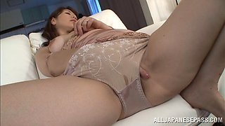 video titel: A Japanese mature babe soaks through her panties while fingering || porn tgas: asian,babe,fingering,japanese,anyporn