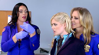 video titel: Three hot women are fucking each other in the office scene || porn tgas: 3some,big ass,blonde,cute,sexvid
