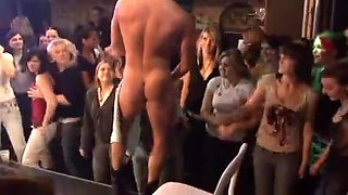 video titel: CFNM Party    porn tgas: cfnm,party,xhamster