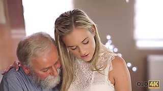 video titel: old man with beard actively stretches young blonde on daybed || porn tgas: blonde,old and young,old man,young,jizzbunker