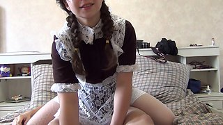 video titel: Chick in school uniform getting the wild anal on home cam || porn tgas: anal,brunette,camshow,chick,upornia