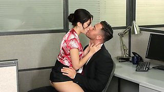 video titel: A wonderful young secretary needs to take care of her beautiful boss || porn tgas: beautiful,boss,secretary,young,hdtube