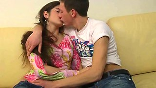 video titel: Making out passionately is the only start of sex on the couch || porn tgas: couch,drunk,girlfriend,kissing,mylust