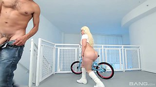 video titel: Cuban harlot Bedeli Butland is face fucked before a crazy pussy pounding    porn tgas: ass,bbc,beautiful,big ass,anysex